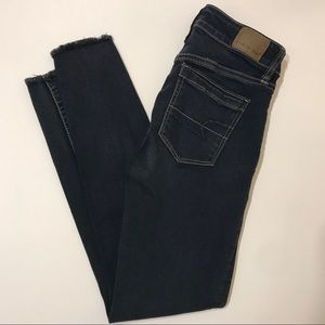 AMERICAN EAGLE High-Rise Cropped Jeans: Size 0